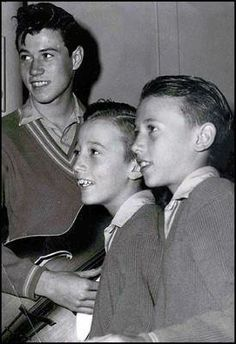 In 1955, when the Gibbs moved back to Manchester, the brothers formed The Rattlesnakes. The band consisted of Barry on guitar and vocals, Robin and Maurice on vocals, Paul Frost on drums and Kenny Horrocks on tea-chest bass. Their influences at that time were The Everly Brothers, Cliff Richard and Paul Anka. In May 1958, The Rattlesnakes disbanded as Frost and Horrocks left. The name was changed to Bee Gees, when they lived in Queensland, Australia.