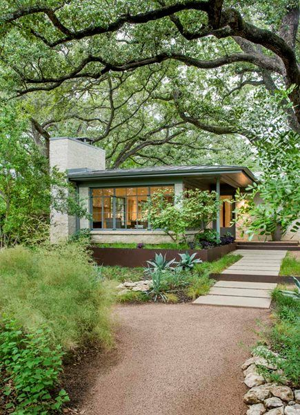 Residential Retreat In Austin Gallery Garden Design
