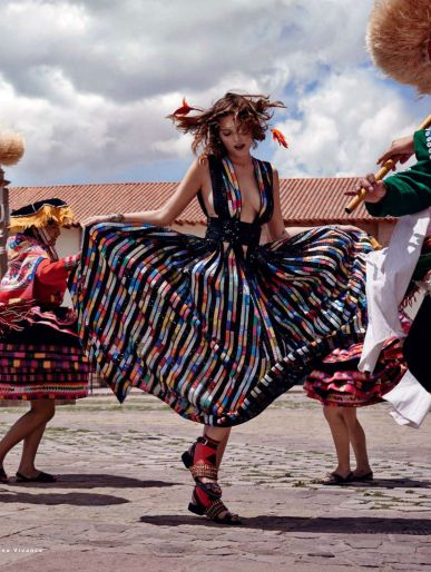You love ethno fashion? You must take a look here: www.fr - Catherine McNeil by Mariano Vivanco for Vogue Russia March 2014