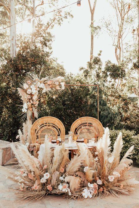 Blush and Wood Wedding at Leo Carrillo Ranch Boho Wedding, Floral Wedding, Fall Wedding, Rustic Wedding, Wedding Flowers, Dream Wedding, Bohemian Chic Weddings, Wedding Set, Wedding Couples