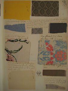* A partir de l'âge de huit ans, Barbara Johnson, (1738-1825), fille du révérend Woolsey Johnson et de la merveilleuse Jane Johnson, s'appliqua à tenir une sorte de journal de sa vie à travers ses vêtements : sur un livre de comptes - dont on ne sait comment il lui fut transmis -, elle épinglait les échantillons de tissu - avec l'indication du prix, du métrage, du nom de la personnage lui ayant éventuellement offert le tissu, la destination du vêtement (1753)