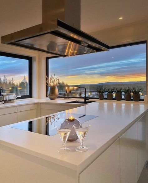 Fancy Kitchens, House Viewing, Luxury Rooms, Loft, Aesthetic Bedroom, Modern Exterior, Interior And Exterior, House Goals, Home Decor Kitchen