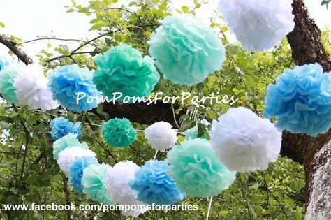 Seidenpapier+Pompom+Girlande+-+Hochzeit+dekoration+von+PomPomsForParties+auf+DaWanda.com