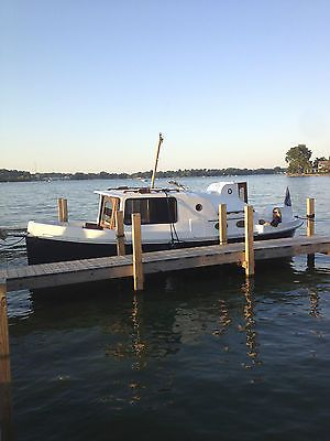 2001 Nimble Nomad Trailerable Pocket Trawler Buy Now Only 39500 0 Cuddy Cabin Boat Bass Fishing Boats Power Boats