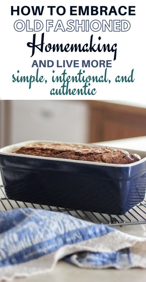 Click over to see what old fashioned homemaking really means and whether or not its for you! Learn how to live simply, more intentional and more authentic. Christian Homemaking, Retro Housewife, Living Vintage, Old Fashioned Recipes, Homekeeping, Frugal Living Tips, Natural Cleaning Products, Sustainable Living, Clean House