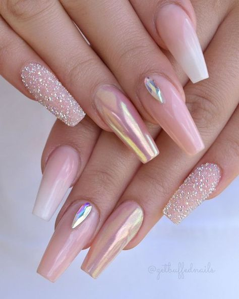 If you are an insane lover of coffin acrylic nails then you should check out at our this spring collection of coffin acrylic nails. So click fast. #springacrylicnails #springacryliccoffinnails #acryliccoffinnails