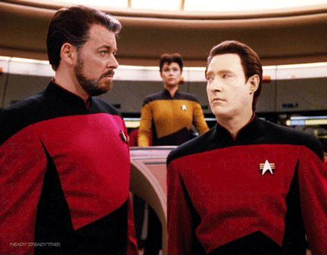 castielsboy:Star Trek: TNG - gag reel S5 (Star Trek Gifs)