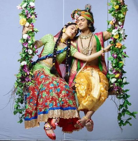 900 Radhekrishna Tv Serial Ideas In 2021 Radha Krishna Pictures Radha Krishna Photo Krishna Pictures In this post you will see a bunch of radha krishna love moments images which are so beautiful and well designed for you all our viewers. radha krishna pictures