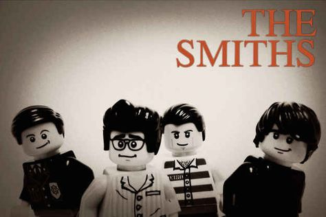 30 Iconic Music Artists Recreated In Lego... One of the greatest things I've seen...