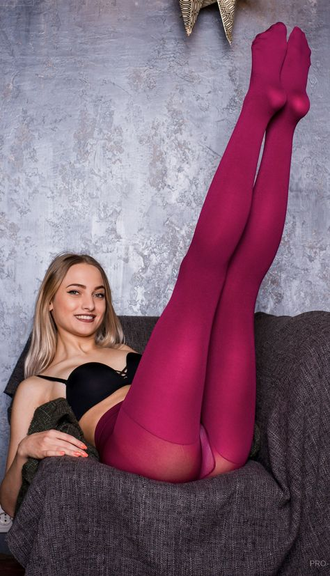 New 712 Photos of Russian Girls in Pantyhose and 2:31
