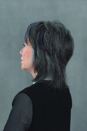 50代からの白髪を生かすグレイヘアの作り方 ハルメク美と健康 グレイヘア ヘア 美