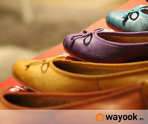 Organizar zapatos de una forma cómoda y práctica no es una tarea sencilla ya que depende de muchos factores la forma y el orden de organizar zapatos en un espacio limitado.