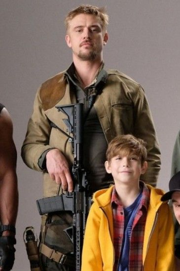 The Predator Boyd Holbrook Jacket in 2019 | Shop By Movies | Boyd