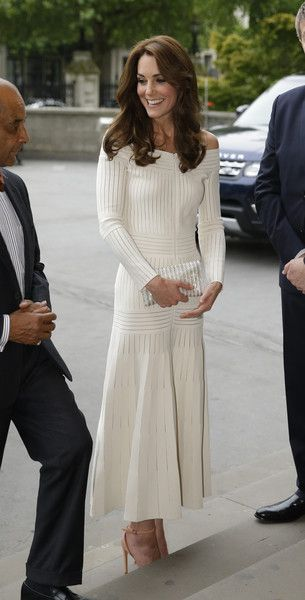Catherine, Duchess of Cambridge arrives to present the Art Fund Museum of the Year 2016 prize at a dinner hosted at the Natural History Museum on July 6, 2016 in London, United Kingdom. The Art Fund Museum of the Year prize is awarded annually to one outs