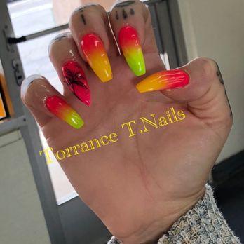 Hot Summer Nails Look Yelp In 2020 Nail Photos Nails Summer Nails