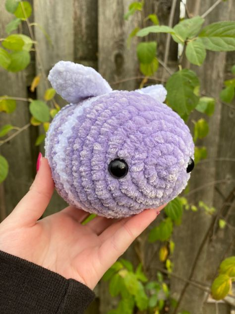 Crochet Bee, Kawaii Crochet, Cute Crochet, Easy Crochet Patterns, Crochet Designs, Knitting Patterns, Crochet Doll Tutorial, Kawaii Plush, Cute Little Things