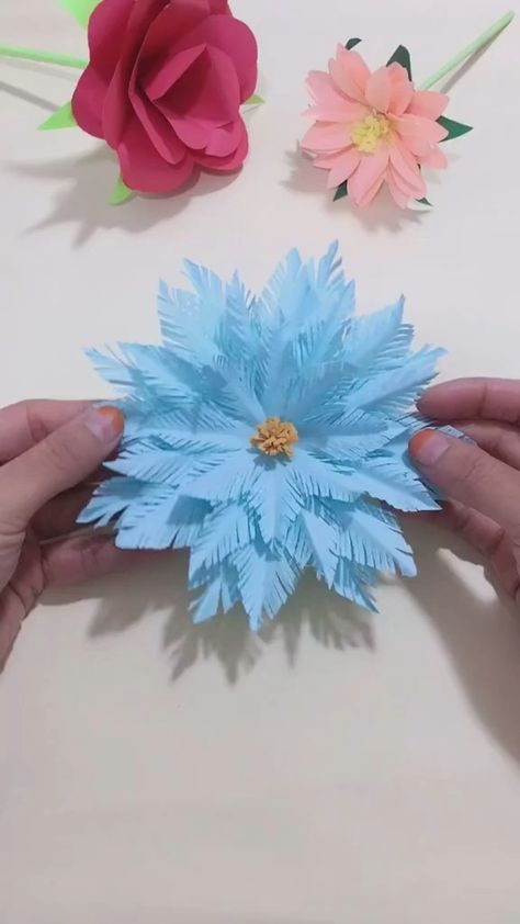 Use Color paper to make Christmas snowflake. Follow us, get more exciting and the idea.