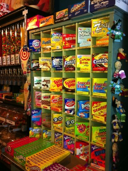 doing engagement pics in a candy store