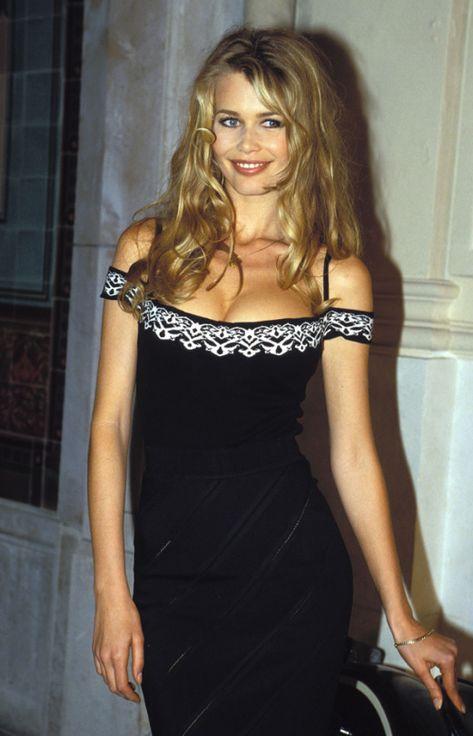 Timeless Fashion Moda senza tempo – Claudia Schiffer in Azzedine Alaia, anni