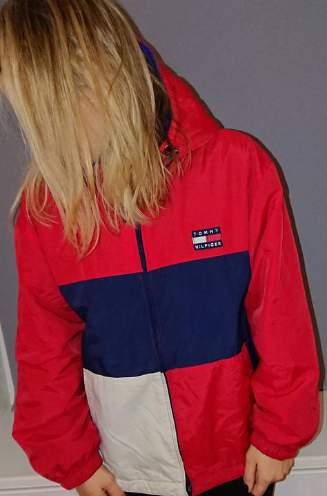 Tommy Hilfiger jacket with hood vintage great condition