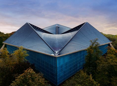london's design museum: an in-depth look at the new institution