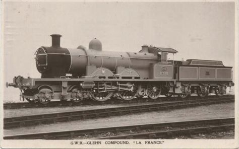 GWR De Glehn compound 4-4-2 102 La France. This locomotive caused a sensation in 1902 and was very influential on GWR loco design until nationalisation in 1948 - minus the compounding and outside valve gear! Shown here with the original boiler, she was rebuilt with a standard GWR boiler.