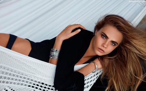 Cara Delevingne 2014 Model Wallpaper,Images,Pictures,Photos,HD Wallpapers