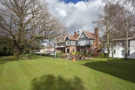 The Chace Hotel (***)  ANTONIO PIO RUSJAN has just reviewed the hotel The Chace Hotel in Coventry - United Kingdom #Hotel #Coventry  http://www.cooneelee.com/en/hotel/United-Kingdom/Coventry/The-Chace-Hotel/63784