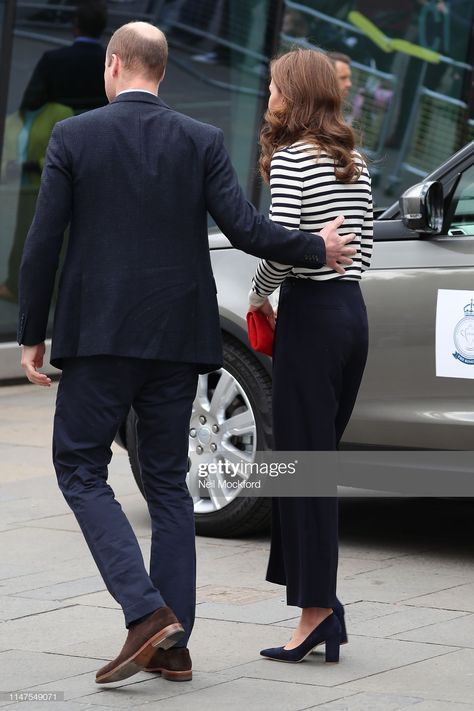 News Photo : Catherine, Duchess of Cambridge and Prince...