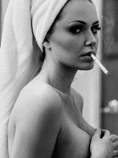 https://i.pinimg.com/474x/b2/a7/e9/b2a7e9b691fa0b76eacbbf311e37087f--women-smoking-drama.jpg