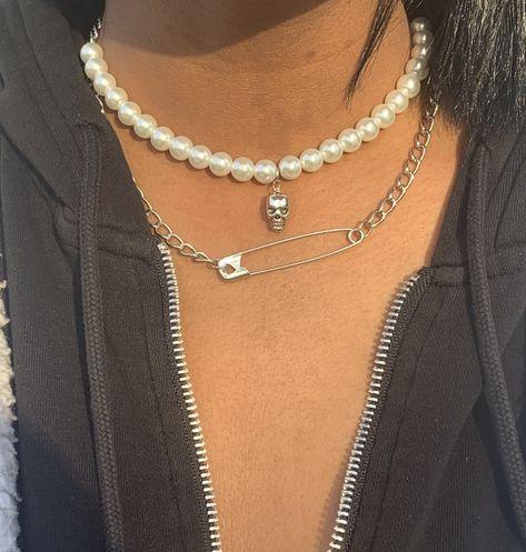Death Becomes Her Girls Jewelry, Cute Jewelry, Beaded Jewelry, Jewlery, Jewelry Accessories, Women Jewelry, Funky Jewelry, Bohemian Jewelry, Safety Pin Jewelry