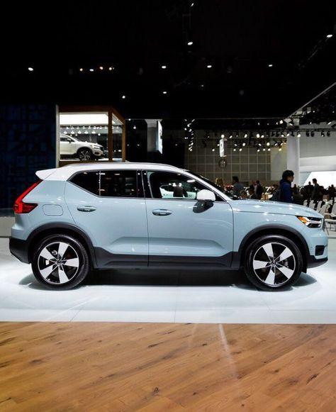 Learn about the 2020 Volvo compact crossover luxury SUV. Maserati, Bugatti, Lamborghini, Ferrari, Best Crossover Suv, Volvo Cars, Suv Cars, Rolls Royce, Luxury Cars