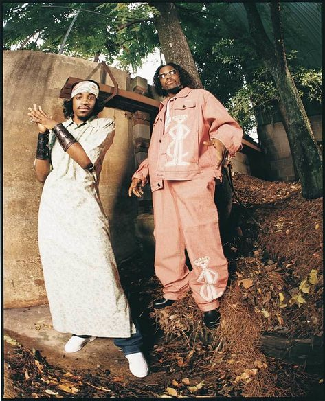 "Andre who's known for his look as much as his tracks, wore a dress for Outkast's ""Miss Jackson"" single cover. Country Girl Quotes, Country Girls, Girl Sayings, Southern Quotes, Southern Belle Secrets, Hip Hop Classics, Country Girl Problems, Visual Aesthetics, Country Music Lyrics"