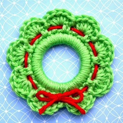 Christmas Wreath Ornament Free Crochet Pattern Kerst Pinterest