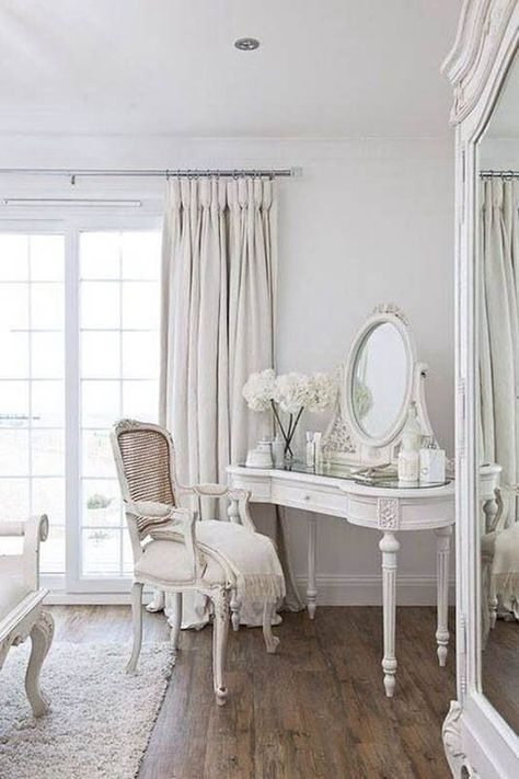 Creating a beautiful French country style bedroom doesn't have to be hard. Incorporate these 12 essential elements to your room to create the look! French Country Interiors, French Country Living Room, French Country Bedrooms, French Master Bedroom, French Inspired Bedroom, Country Master Bedroom, French Country Bedding, Rustic French Country, French Country Furniture