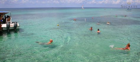If you love the ocean, Secrets Aura in #Cozumel is for you! Look at that crystal clear turquoise water!