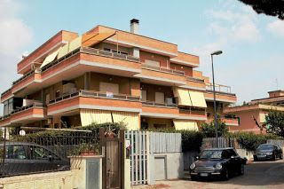 Appartamento Su Via Dei Volsci Santa Teresa Anzio Roma Posizionato Su Via Dei Volsci Al Civico 29 Santa Teresa Stili Di Casa Immobiliare Appartamento