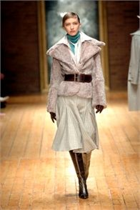 Laura Biagiotti - Fall Winter 2005/2006 Ready-To-Wear - Shows - Vogue.it