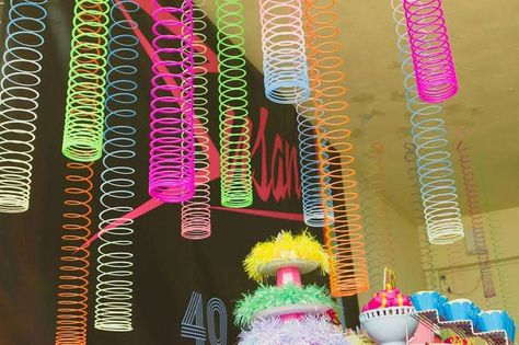 Super ideas for theme party decorations neon colors 90s Theme Party Decorations, 80s Party Themes, 80s Party Foods, 80s Party Outfits, Party Games, Party Favors, 80s Birthday Parties, 80 Birthday, Sleepover Party