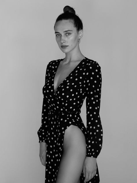 Dreamgirl Devon, wearing the Violette Black & White Spot @devonleecarlson