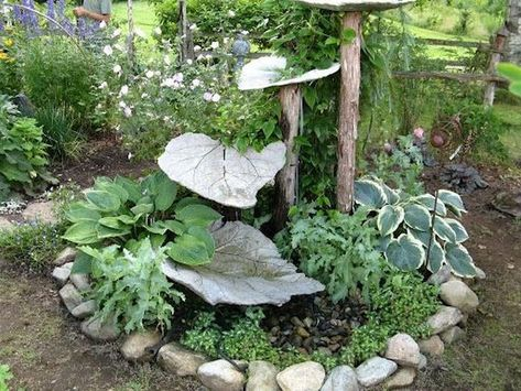 DIY Garden Concrete Leaves – Your Projects can find Concrete leaves and more on our website.DIY Garden Concrete Leaves – Your Projects Garden Art, Garden Landscaping, Outdoor Gardens, Garden Design, Concrete Garden, Garden Fountains, Plants, Concrete Leaves, Bird Bath Garden