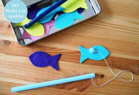 Pêche à la ligne récup' avec une paille de la feutrine, des trombones et un aimant