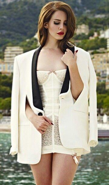 Stunning Lana del Rey By Mariano Vivanco for GQ | Lana del