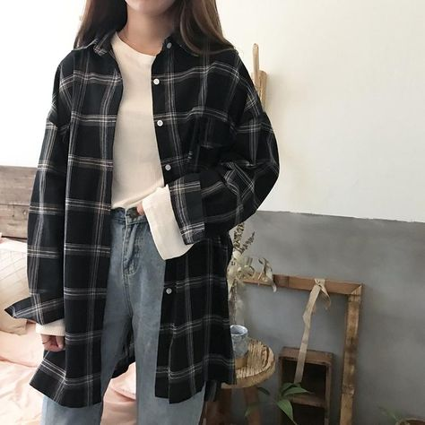 VINTAGE KOREAN PLAID SHIRT One Size-Black