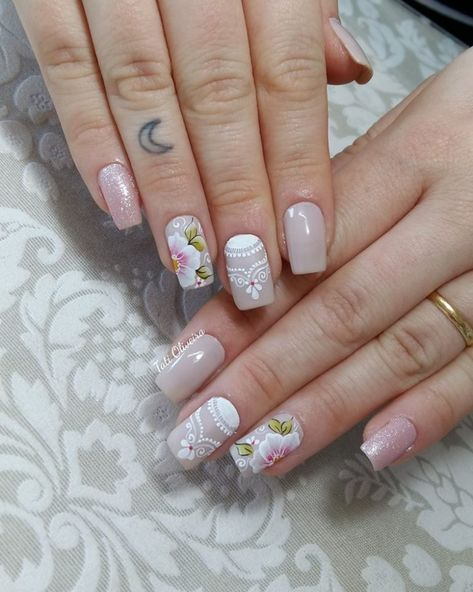 65 happy valentines day nails for your romantic day page 39