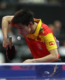 Zhang Jike Of China Serves During The Round Of 16 Men S Single Match Between Zhang Jike Of China And Joo Table Tennis Player Table Tennis Tennis Championships