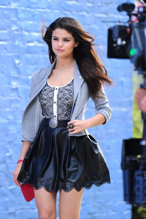 89e4e57e6ab93 A Behind-the-Scenes Look at Selena Gomez s New Clothing Collection ...