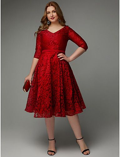 7f3aef3fc68 This is the plus size holiday dress of your dreams! It has a flattering  V-neckline
