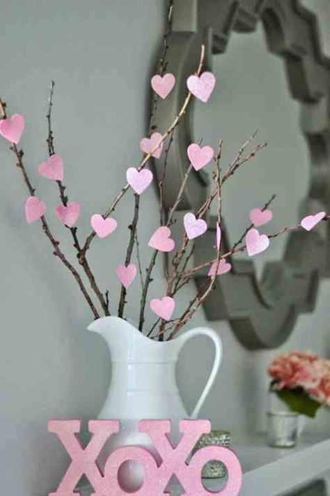 14 Valentine's Day Decoration Ideas You'll Fall In Love With!