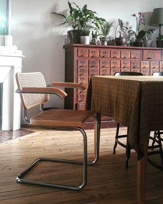 Cuisine Comment Renover Son Plan De Travail A Petit Prix En 2020 Decoration Maison Chaise Design Renovation Maison Ancienne